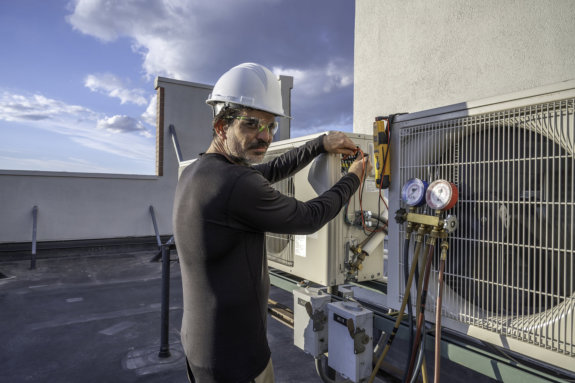 Making the Right Decision: Should I Repair or Replace My HVAC?
